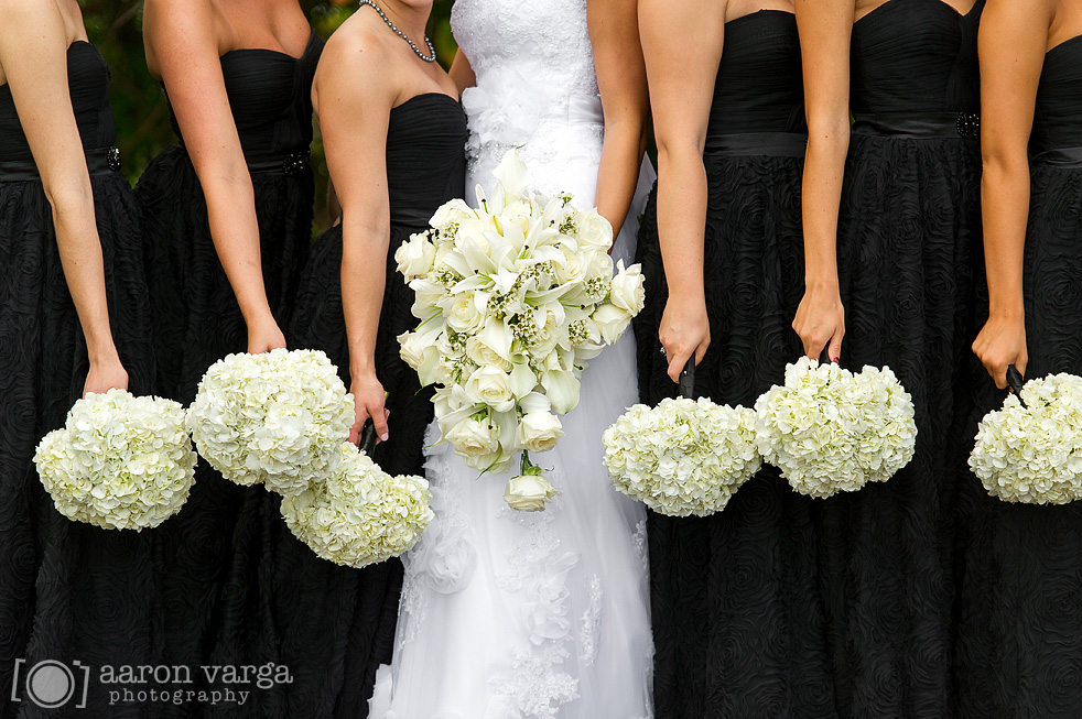 03  - white ivory wedding flowers