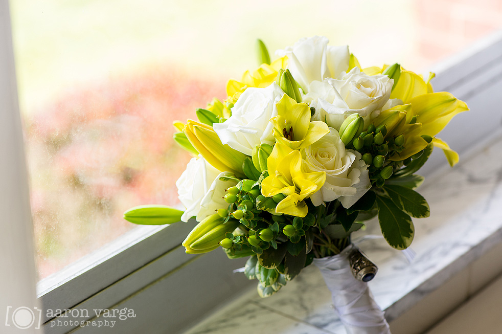 05  - yellow white wedding flowers
