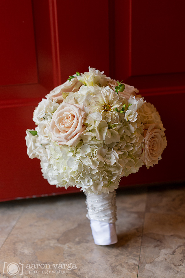 16 pink ivory flower bouquets - Best of 2013: Flowers