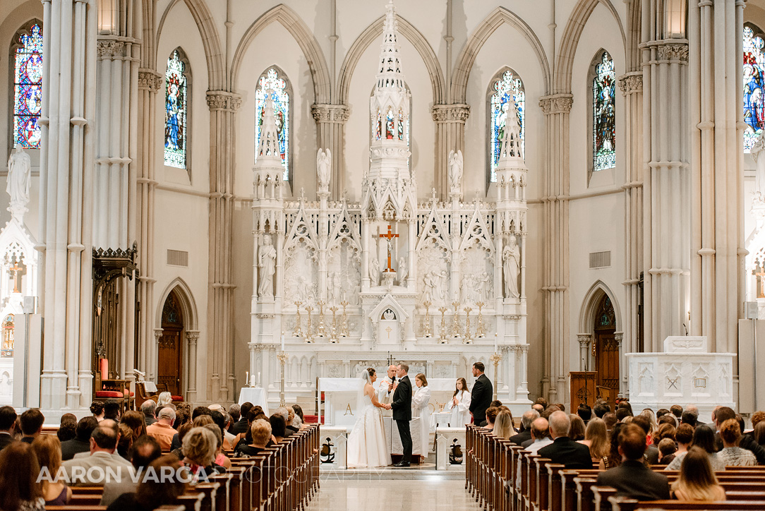 07 st pauls cathedral - Dina + Brendan | Southpointe Golf Club Wedding Photos