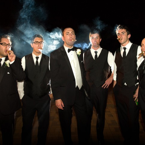 groomsmen-smoking-cigars