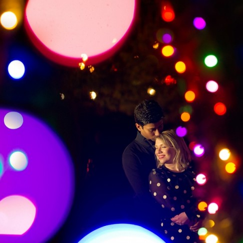 kennywood-holiday-lights-christmas-engagement(pp_w900_h599)
