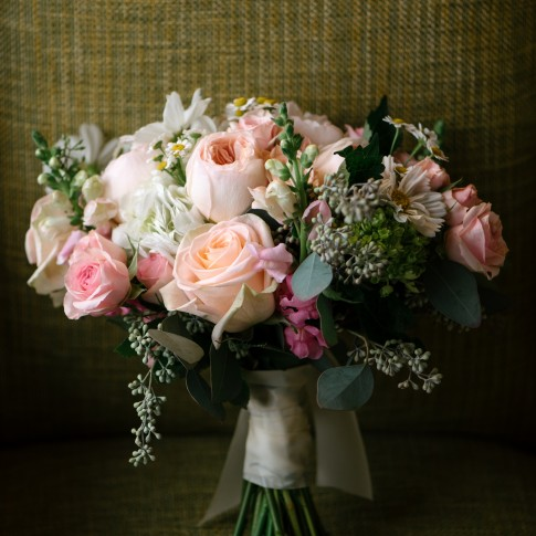 pint white coral wedding bouquet