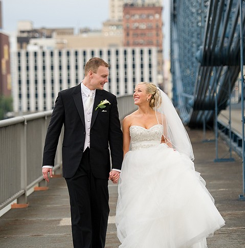 smithfield-street-bridge-wedding