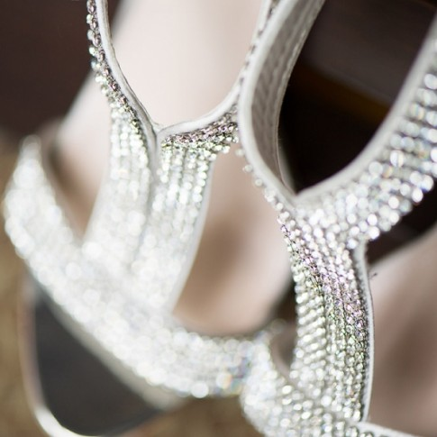 sparkly-wedding-shoes(pp_w900_h598)