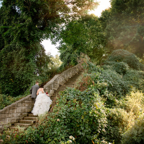 washingtons landing wedding stairs