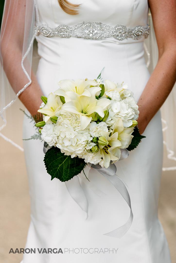 11 ivory green wedding bouquet - Mallory + Mark | Circuit Center & Ballroom Wedding Photos