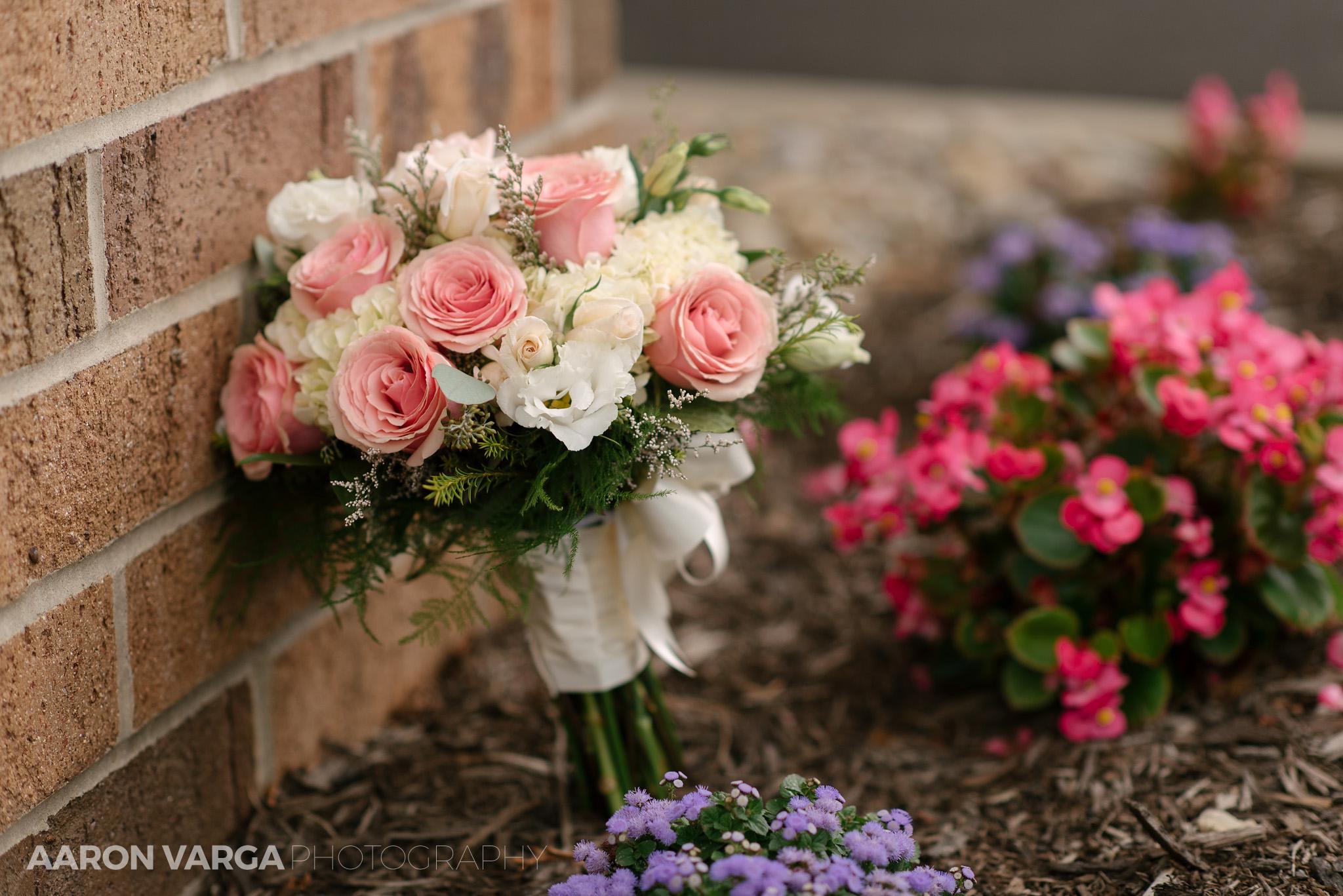 Best wedding photos of 2017 flowers 33 summer wedding bouquet flowers pink white best of 2017 flowers izmirmasajfo